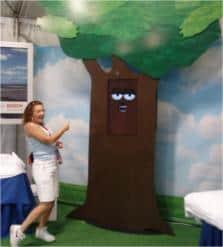 Talking Tree - Copyright CHOPS & Assoc. Live Animation